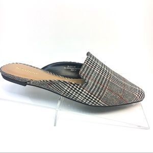 Mules in Glen Plaid Black Grey - Slip On Flats